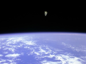 Some more gravity in sci-fi movies would be nice