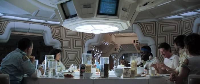 alien-mealtime