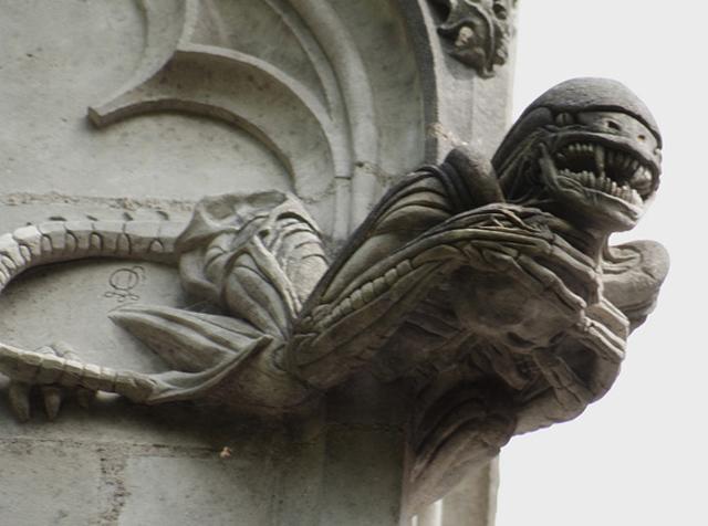 Chapelle-de-BethlC3A9em-Alien