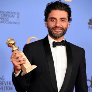 Oscar-Isaac-2016-Golden-Globes