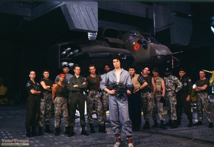 Aliens-1986-movie-props